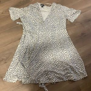 Brand new never used summer dress , size l